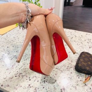 Christian louboutin  pumps (heels ) red bottoms